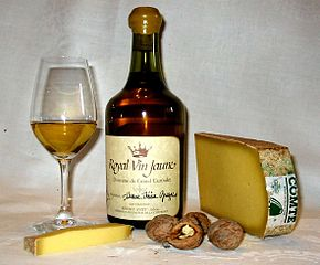 Vin Jaune in Clavelin with Comte cheese and walnuts